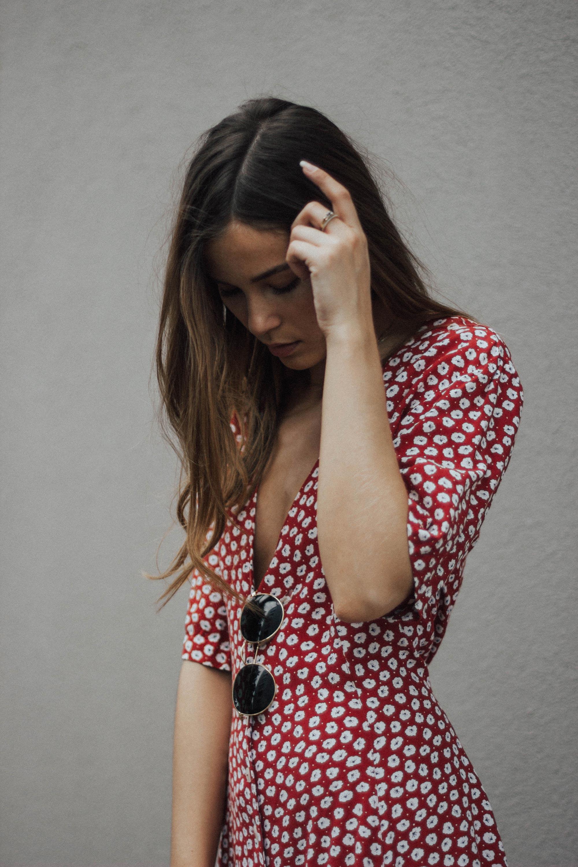 lena_herrmann_red_dress_03