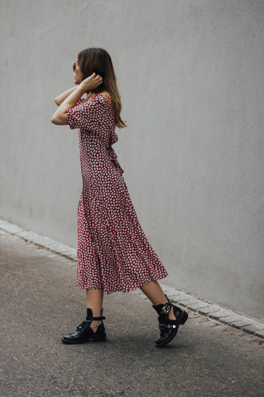 lena_herrmann_red_dress_07