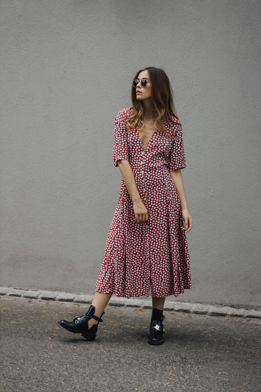 lena_herrmann_red_dress_08