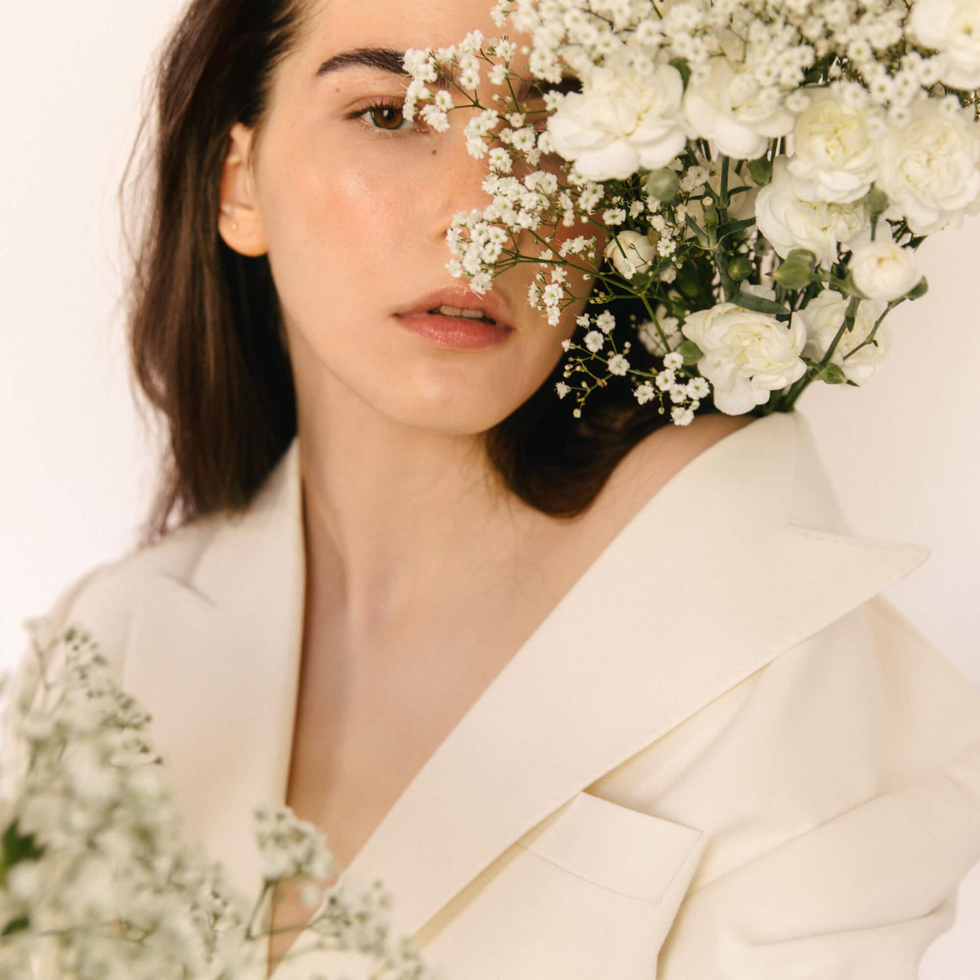 lena-herrmann-magda-butrym-flower-01
